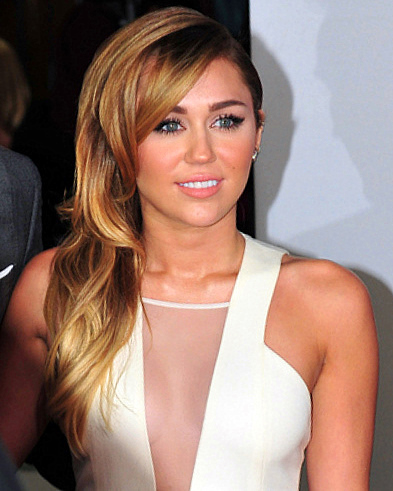 Who are Miley Cyrus's siblings?