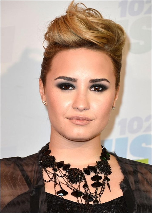 Demi lovato favorite color movie book food hobbies biography - Dallas tv show family tree ...