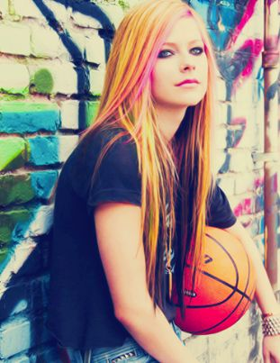 Avril Lavigne Favorite Things Color Food Song Hobbies Biography Net ...