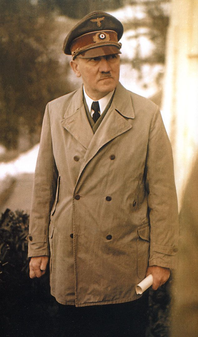 world war ii and adolf hitler Adolf hitler (1889–1945) was the german leader of the nazis during world war ii he was responsible for the holocaust as well as starting world war ii by invading poland in 1939 born in austria, hitler served in the german army during world war i.