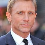 Daniel Craig Favorite Things Music Football Team Movie Hobbies Biography