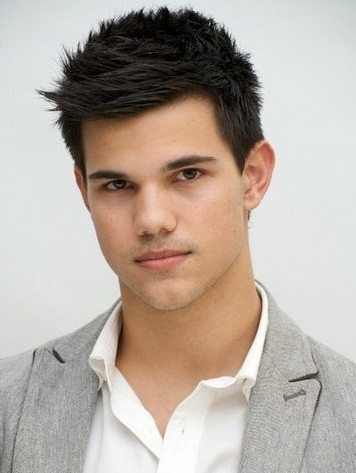 Taylor Lautner Favorite Movies Food Color Music Hobbies ...