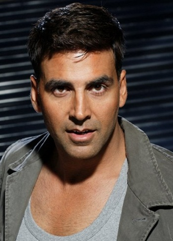 Akshay Kumar Favorite Perfume Actor Food Movie Bio