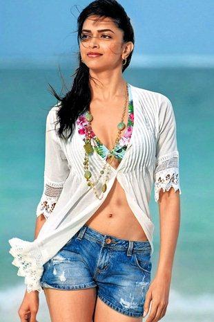 Deepika Padukone Bra Size Height Weight