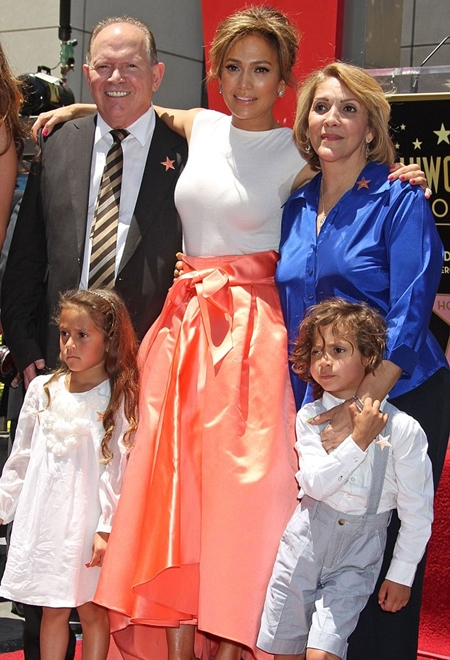 Jennifer Lopez Family