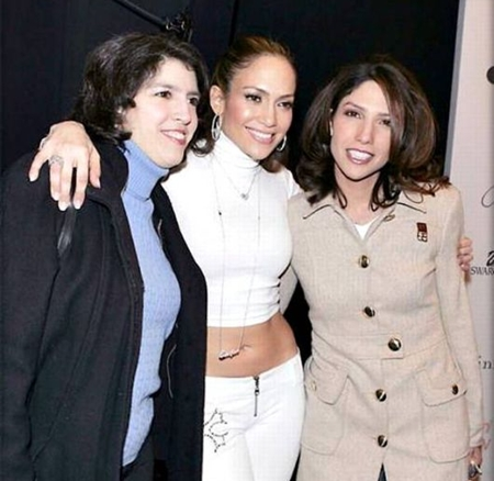 Jennifer Lopez Siblings