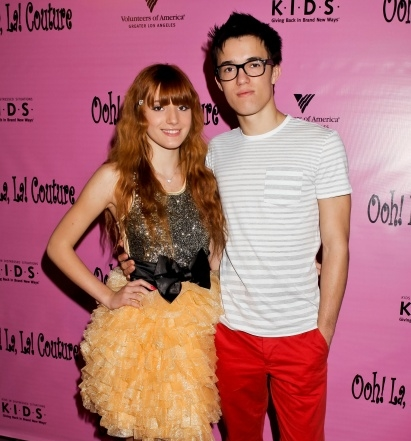 Bella Thorne Brother