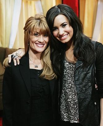 Demi Lovato Mother