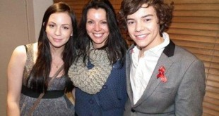 Harry Styles Mother and Sister
