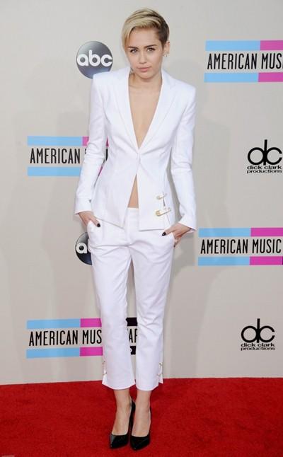 Miley Cyrus Body Measurements