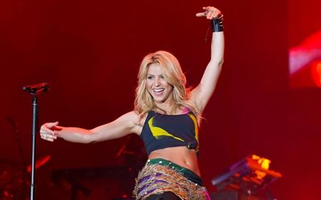 Shakira Height Weight Bra Size