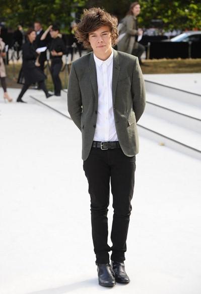 Louis Tomlinson Shoe Size