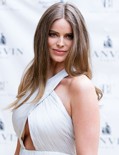 Robyn Lawley Height Weight Bra Size