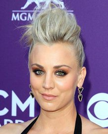 Kaley Cuoco Body Measurements Bra Size Height Weight Shoe Stats