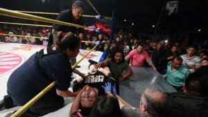 Mexican Wrestler Dies during match Vs ex-WWE Star Rey Mysterio