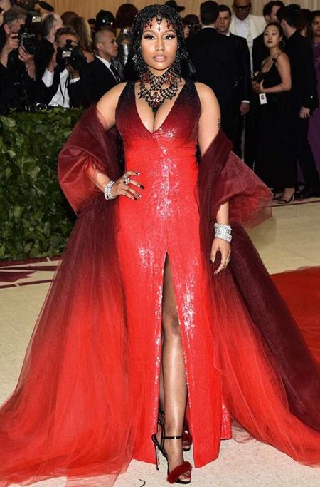 Nicki Minaj Body Measurements and Facts