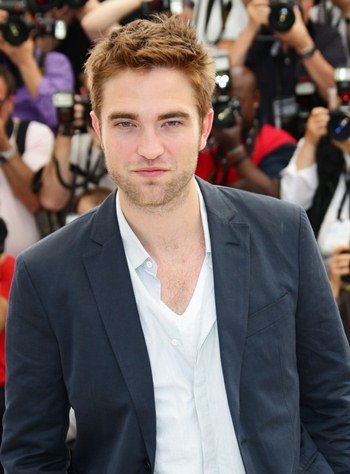 Robert Pattinson Favorite Color Food Book Football Team Music Artist ...