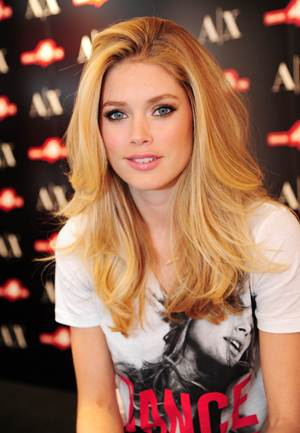 Doutzen Kroes Height Weight Bra Size