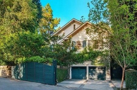 Jennifer Lawrence House Beverly Hills