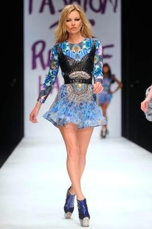 Kate Moss Height Weight Bra Size