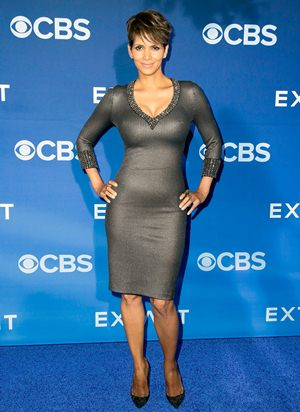 Halle Berry Height Weight Body Shape
