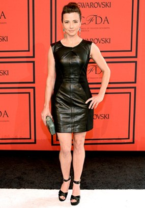 Linda Cardellini Body Measurements Shape