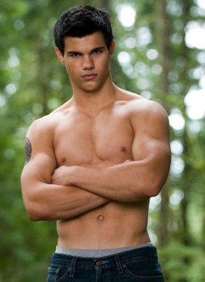 Taylor Lautner Body Measurements