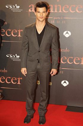 Taylor Lautner Height Body Shape