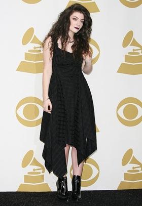 Lorde Height Body Shape