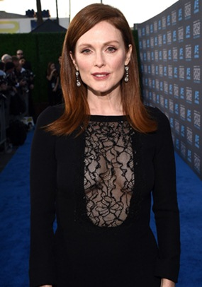 julianne moore height
