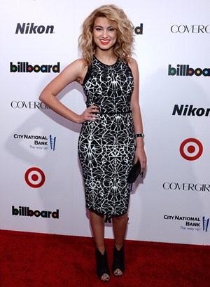 Tori Kelly Height Body Shape