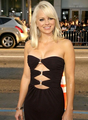 Anna Faris Body Measurements