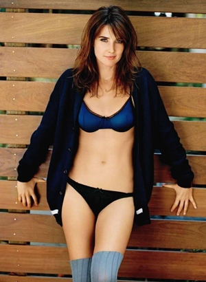 Cobie Smulders Body Measurements