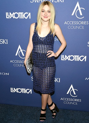 Dakota Fanning Height Body Shape