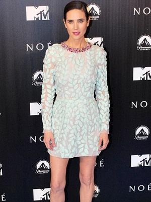 Jennifer Connelly Height Body Shape