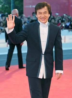 Jackie Chan Body Measurements