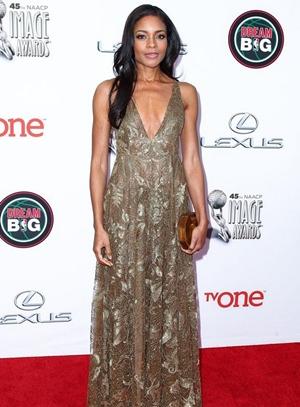 Naomie Harris Height Body Figure Shape