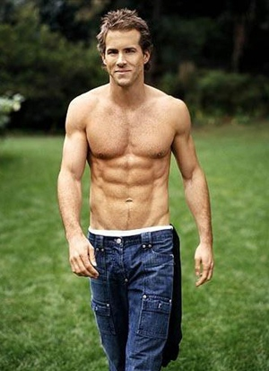 Ryan Reynolds Height Body Shape