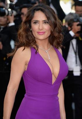 Salma Hayek Body Measurements Bra Size Height Weight Shoe Vital ...  Salma Hayek
