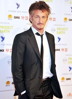 Sean Penn Body Measurements