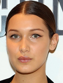 Bella Hadid Body Measurements Bra Size Height Weight Age Facts