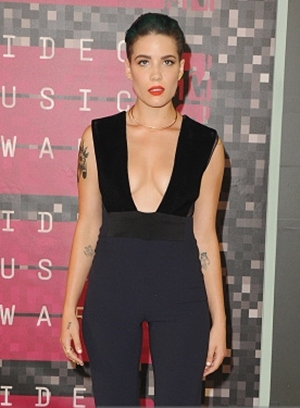 Halsey Singer Body Measurements