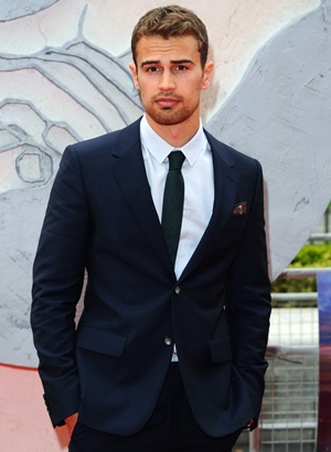 Theo James Body Measurements