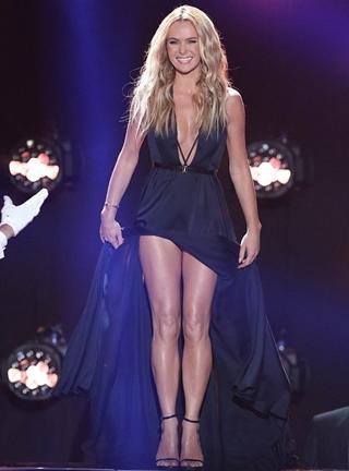 Amanda Holden Height Body Figure Shape