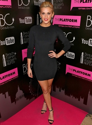 Ashley Roberts Height Body Figure Shape
