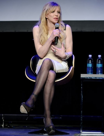 Courtney Love Height Body Figure Shape