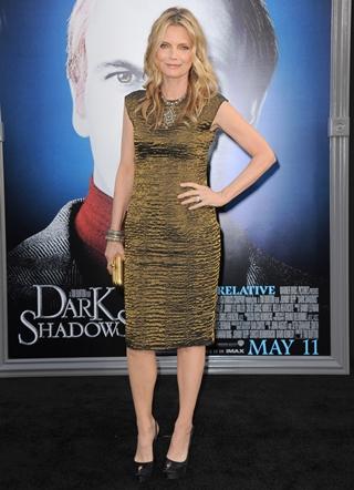 Michelle Pfeiffer Height Body Figure Shape