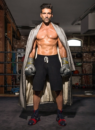 Frank Grillo Height Weight Abs Body Shape