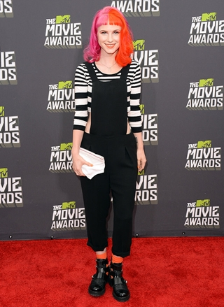 Hayley Williams Height Weight Body Figure Shape