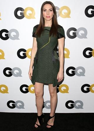 Whitney Cummings Height Weight Body Figure Shape